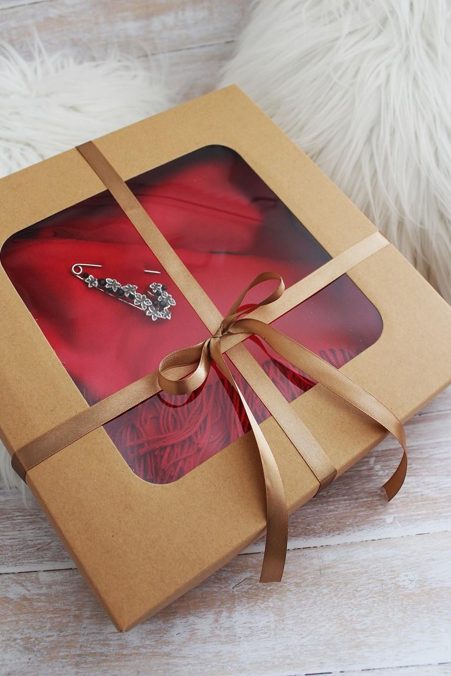 9d9ebf4d2 Vrecúška , krabičky | Darčeková krabica s priehľadom - 1 ks | www ...